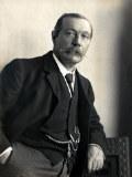 Porträtbild von Arthur Conan Doyle 1914